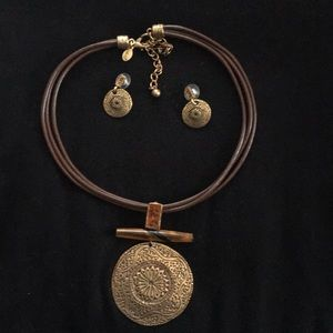 Chico's Chocker Pendant Necklace Earrings